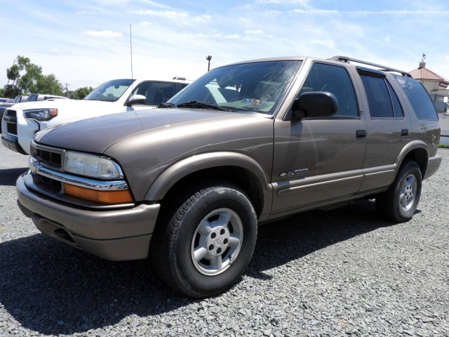 Pre-Owned 2003 Chevrolet Blazer LS