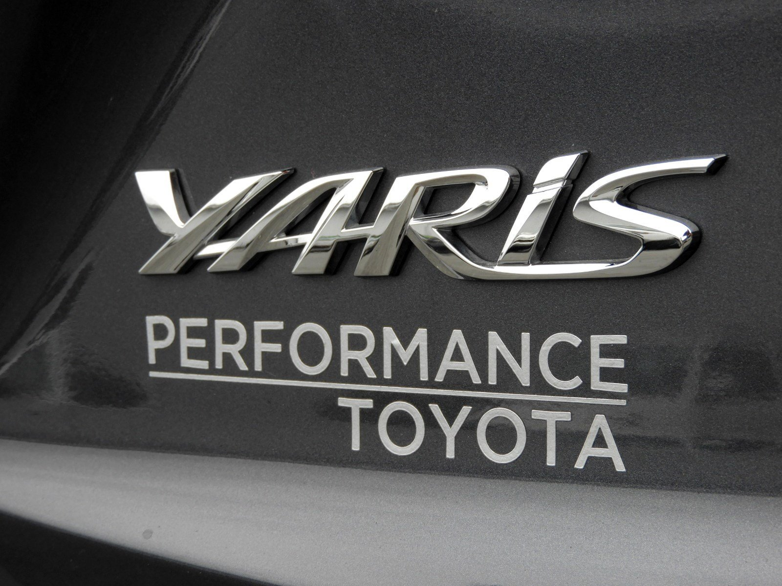 Pre-Owned 2019 Toyota Yaris Sedan LE