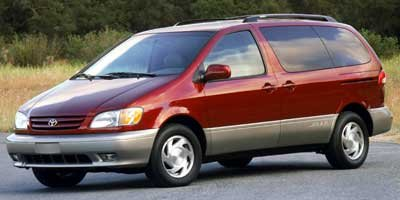 Pre-Owned 2002 Toyota Sienna XLE