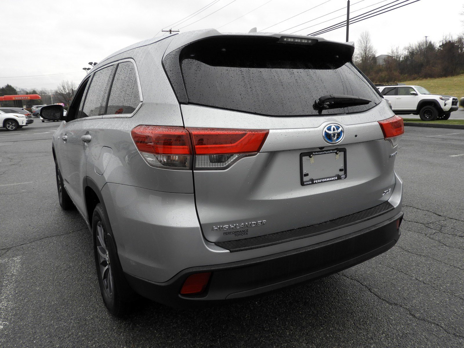 Certified Pre-Owned 2017 Toyota Highlander Hybrid XLE