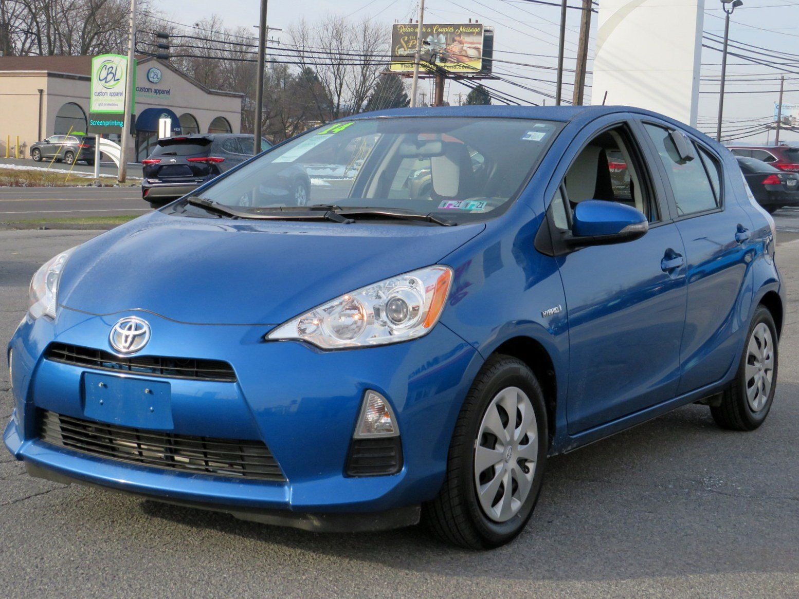 Pre-Owned 2014 Toyota Prius c Two