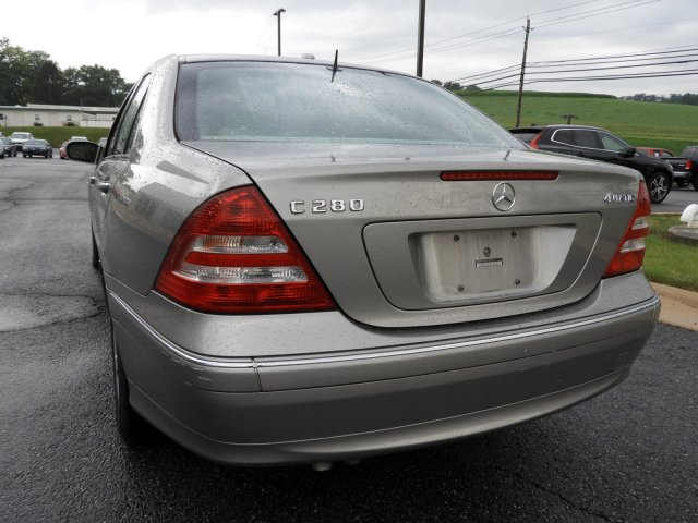 Pre-Owned 2006 Mercedes-Benz C-Class Luxury