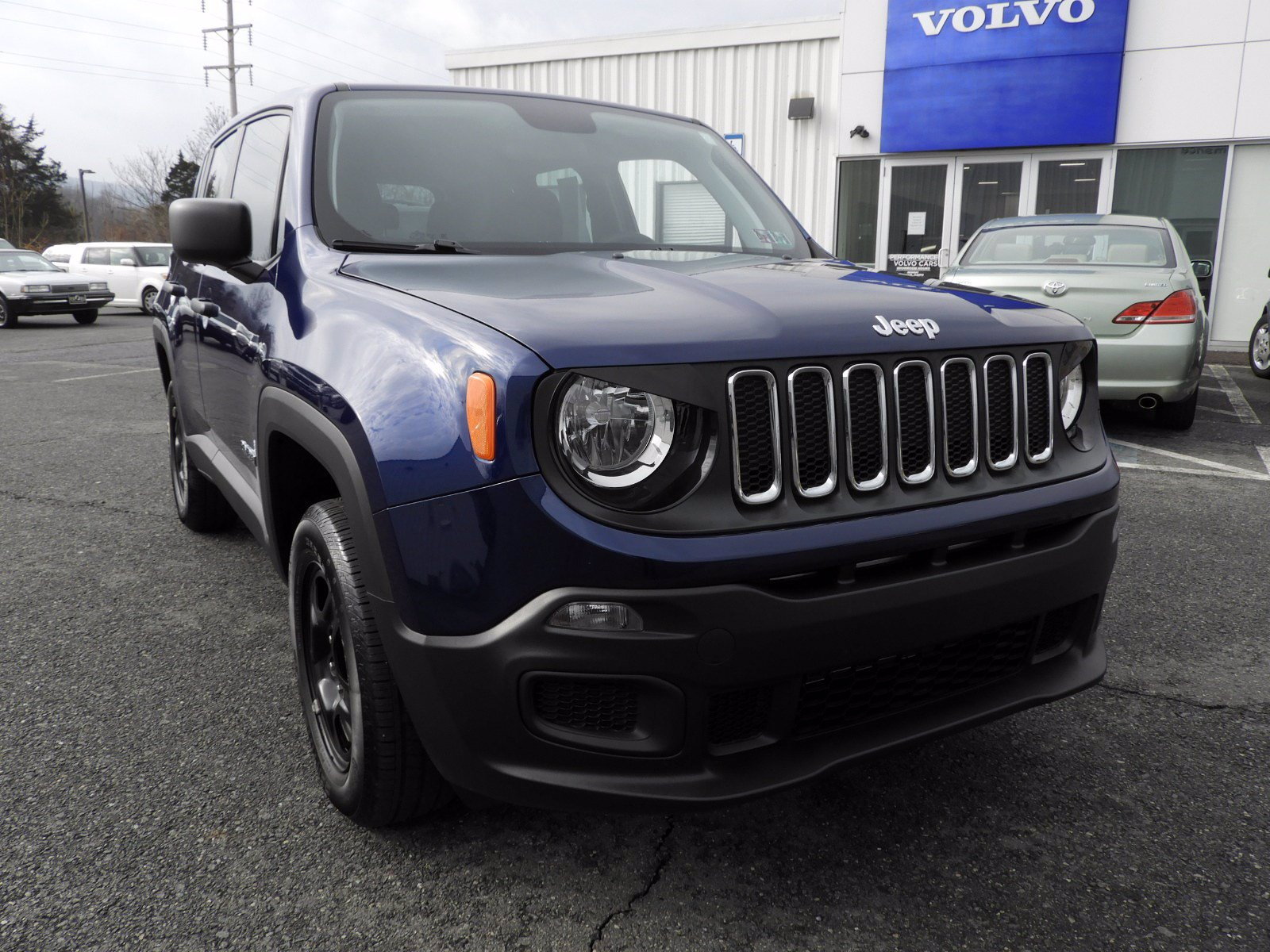 Pre-Owned 2018 Jeep Renegade Sport