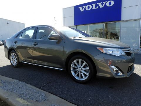 Pre-Owned 2014 Toyota Camry XLE